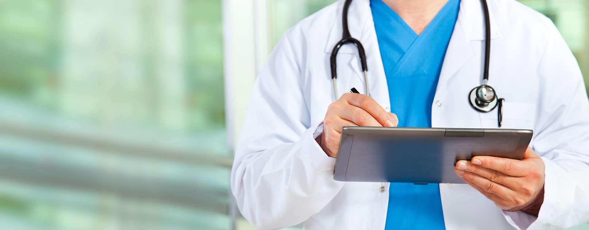 Bune practici în domeniul siguranței și sănătății online în sectorul sanitar